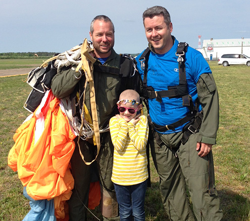 Mike Reynold skydiving for LSS: photo 1