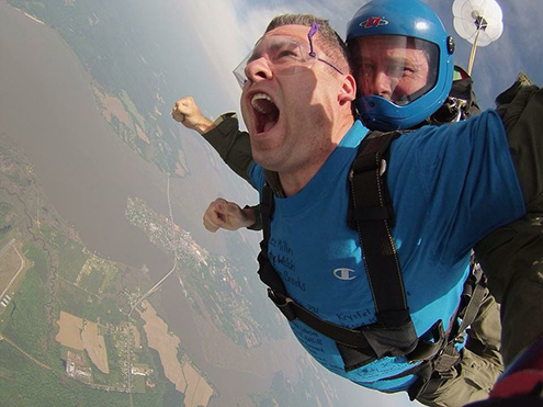 Mike Reynold skydiving for LSS: photo 2